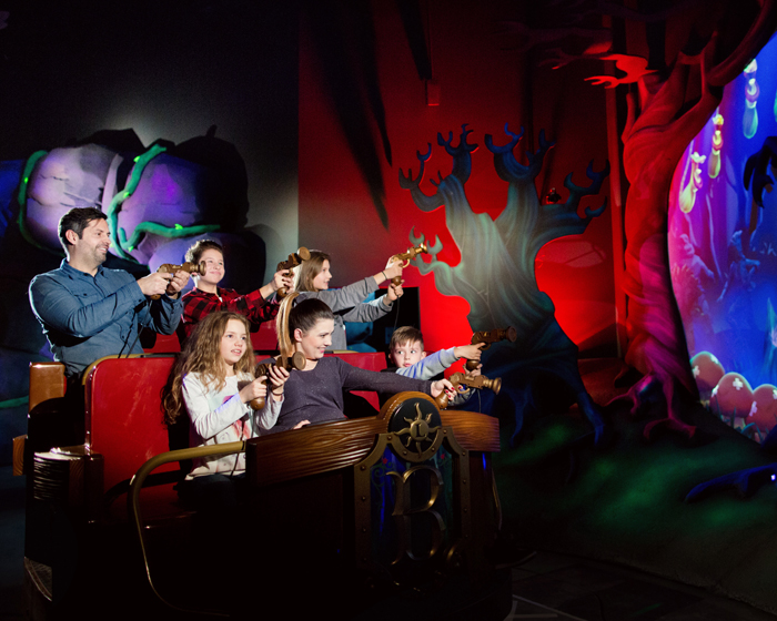 Alterface served as the main contractor on the ride, while Jora Vision were responsible for the ride's theming