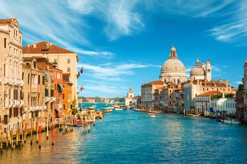 UNESCO threatens to put Venice on List of World Heritage in Danger