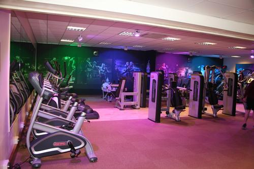 Grade II listed country hotel gives gym a modern makeover
