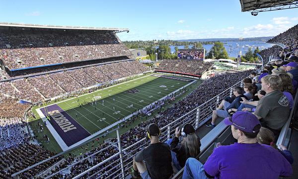The design strategy for the renovation of Husky Stadium focused on protecting local waterways / PHOTO: Elaine Thompson/AP/Press Association