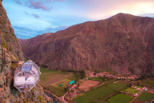 The pods provide intrepid explorers with a 300 degree view of the Sacred Valley of Cuzco