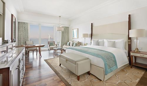 Waldorf Astoria opens on Dubai's Palm Jumeriah