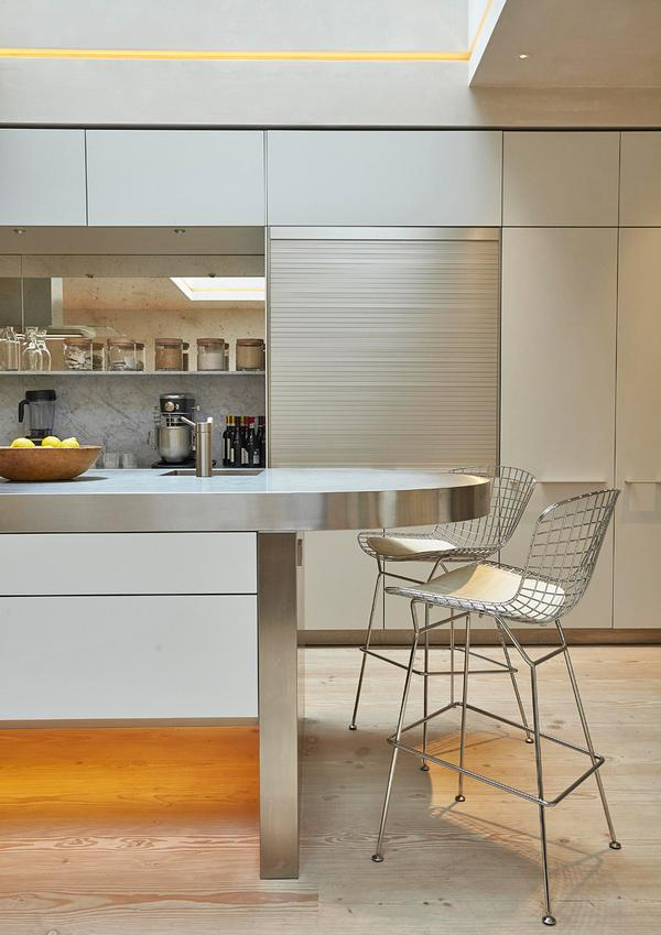 Large communal areas such as the living room, kitchen and courtyard bring the family together