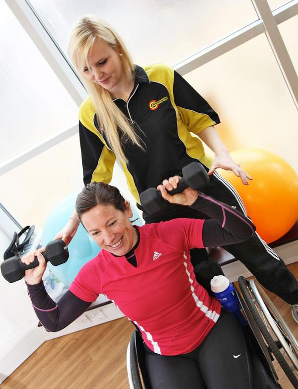 PTs should have the knowledge to adapt exercises for their clients needs / © inclusive fitness initiative