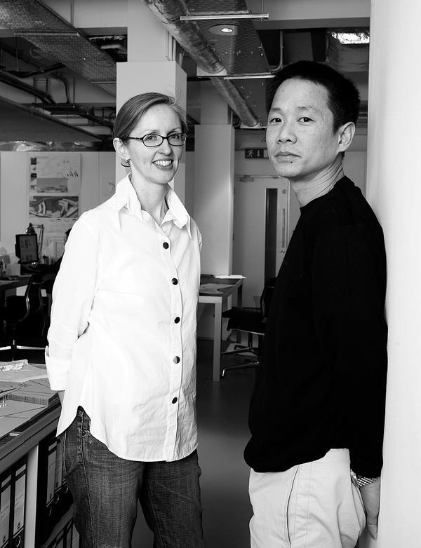 Róisín Heneghan and Shih-Fu Peng