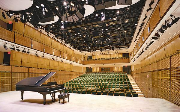 Zankel Hall at Carnegie Hall by Richard Olcott & James Polshek / ©Jeff Goldberg/Esto