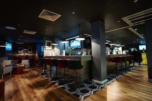 Man Utd legends unveil Hotel Football