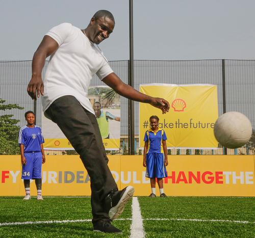 Superstar singer Akon took part in the official launch of the pitch