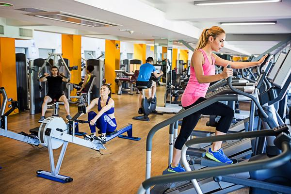 US health  club memberships  rose from  55.3 million  in 2015 to  57.3 million  in 2016 / shutterstock