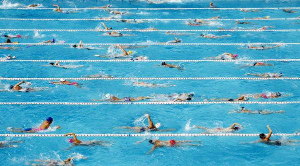 The sustainability of swimming pools can be better secured by a focus on activity / Maxisport / shutterstock
