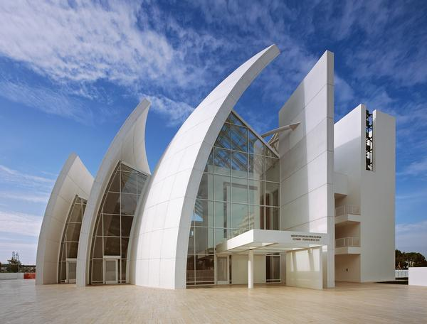 architecture and design features and interviews cladglobal com