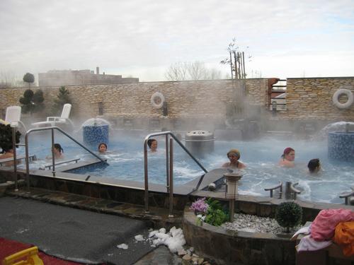 Elderly man dies at Spa Castle, found floating in hot tub