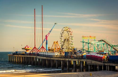 Purchased by the Catanoso family in 2011, the Steel Pier is currently undergoing a US$100m renovation / Shutterstock.com