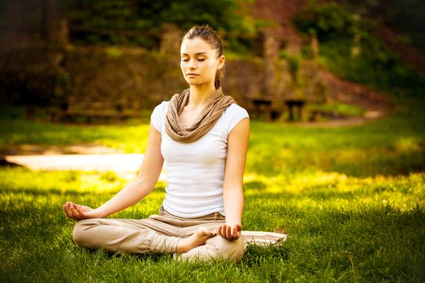The Olive bracelet prompts breathing exercises when it detects stress / photo: www.shutterstock.com/ Solis Images