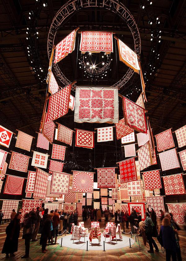 Infinite Variety: Three Centuries of Red and White Quilts at New York's Park Avenue Armory