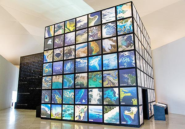 The museum uses cutting-edge technology and real-time data to convey its message