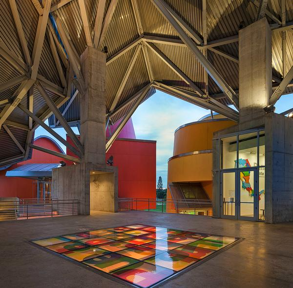 Frank Gehry's wife is from Panama and he has strong links with the country. Bold colours have been  used throughout the museum