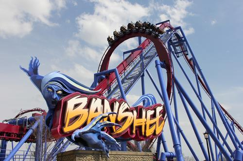 Good omens for record-breaking Banshee coaster