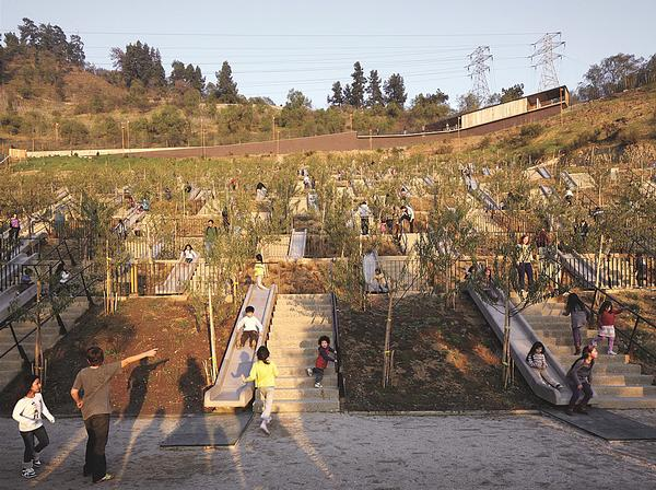 The Bicentennial Children's Park in Santiago / ©Elemental