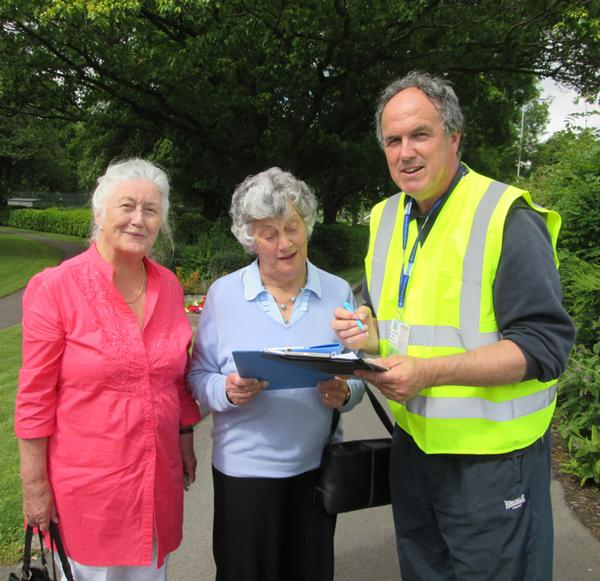 Local residents help Dave Kilby of Shropshire PFA with information on usage of the town park