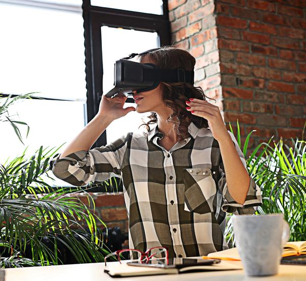 VR will allow people to experience a new facility before it's even been built / shutterstock.com