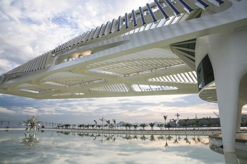 Calatrava said: 'The city of Rio de Janeiro is setting an example to the world of how to recover quality urban spaces through drastic intervention and the creation of cultural facilities' / Santiago Calatrava Architects and Engineers