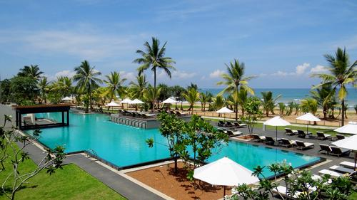 Sri Lankan president cuts ribbon on Centara's Ceysands Resort & Spa