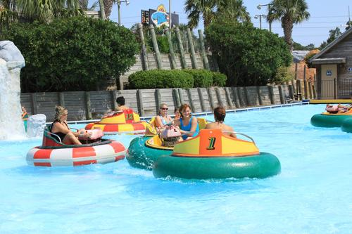 New waterpark splashes down in Myrtle Beach, US