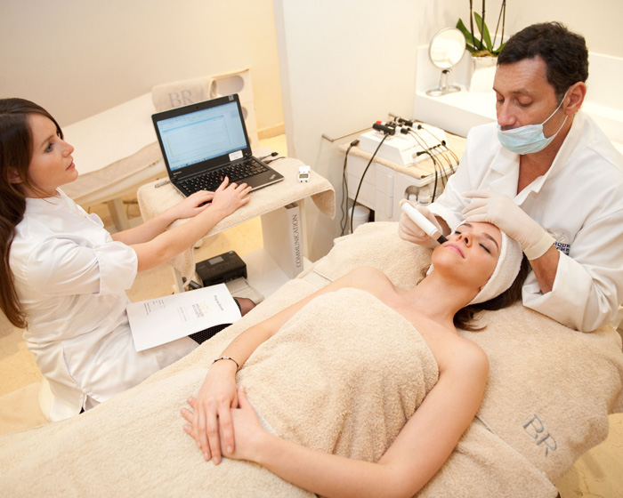 Personal touch improves effectiveness of new skin treatment plan