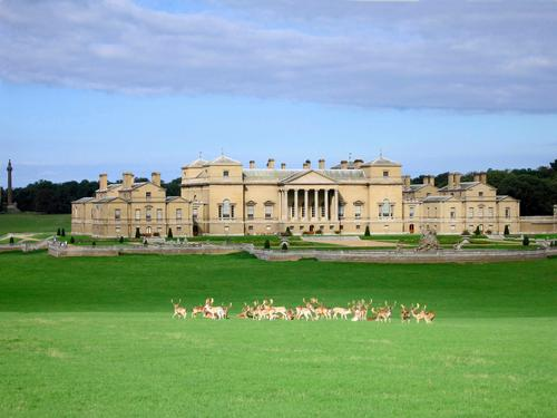 Hopkins Architects to design new £4.5m visitor attraction for Holkham Hall