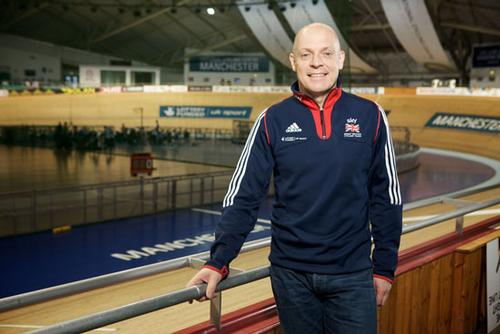 Dave Brailsford steps down from British Cycling