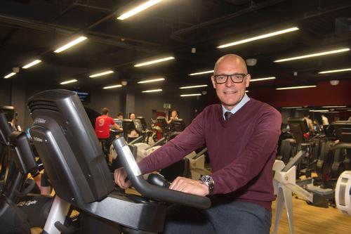 Sir Dave Brailsford puts the equipment through its places