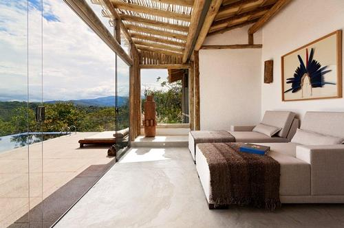 The Capim do Mato Spa, which overlooks the Minas Gerais National Park, puts guest in touch with nature