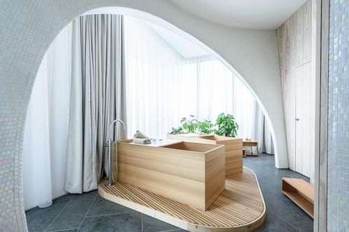 Natural materials have been used extensively / Alaena Spa