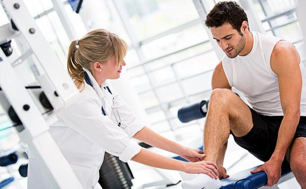 Who will pay to bring exercise specialists into the NHS? / PHOTO: SHUTTERSTOCK.COM
