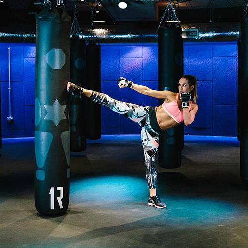 1Rebel master trainer Mila Lazar gets ready to Rumble in Sweaty Betty workout gear / Sweaty Betty/ 1Rebel