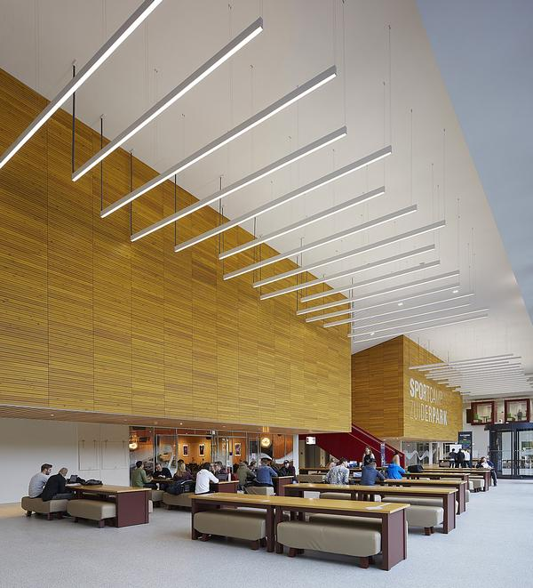 The sports campus includes a range of education spaces and a library / Photo: Hufton + Crow