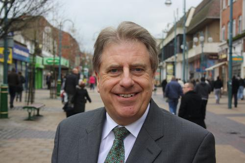 David Evennett will remain as a government whip during his temporary tenure