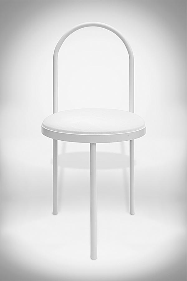 The Altar Chair are part of the new collection / Photos: Beth Davis