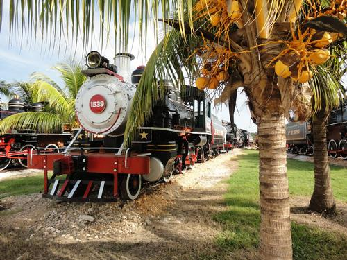 Cuba celebrates rail heritage by restoring 40 locomotives for grand exhibition