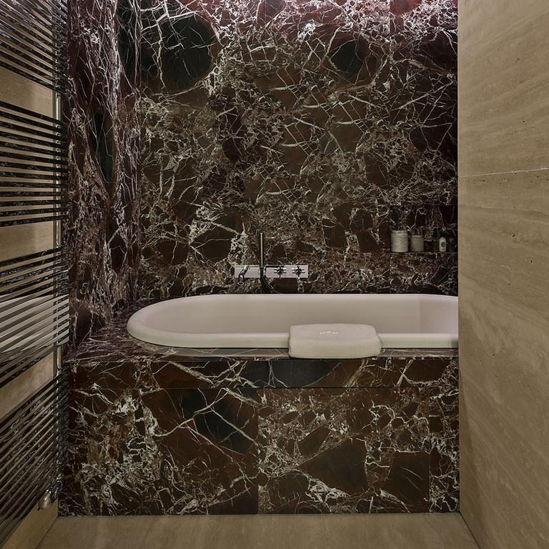 The suites are designed to create a contrast between the old and new / Fendi