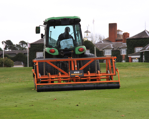 SISIS turf machines swing into action at The Belfry