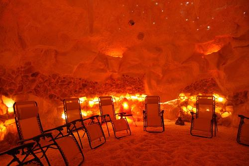 16,000lbs of Himalayan salt imported to West Virginia, US, to create the Salt Cave and Spa