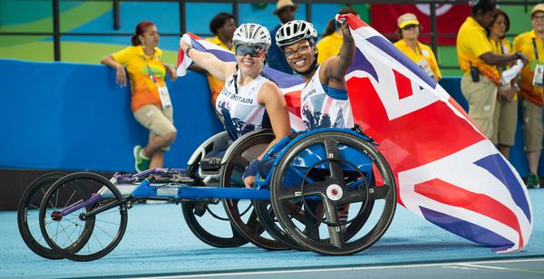 Kare Adenegan and teammate Hannah Cockroft share a proud moment