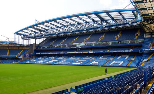 At present, Stamford Bridge has a maximum capacity of 41,837 seats / Teerinvata / Shutterstock.com