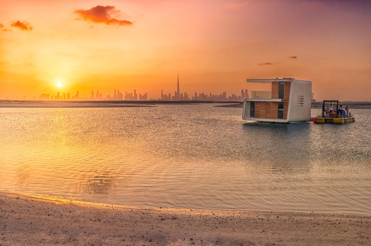 The first Floating Seahorse is now on location in Dubai / Kleindienst Group