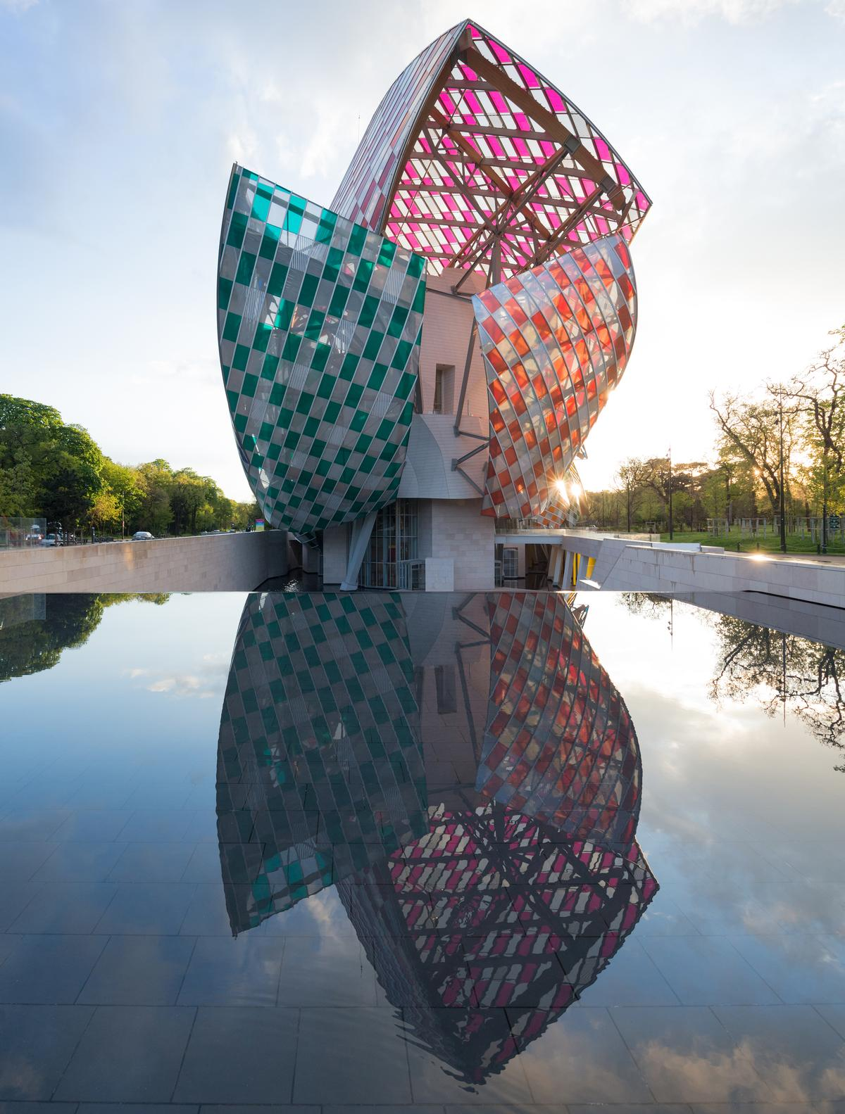 The building won the Best Architecture & Spatial Design Award at the 2015 Leading Culture Destinations Awards / Iwan Baan / Fondation Louis Vuitton