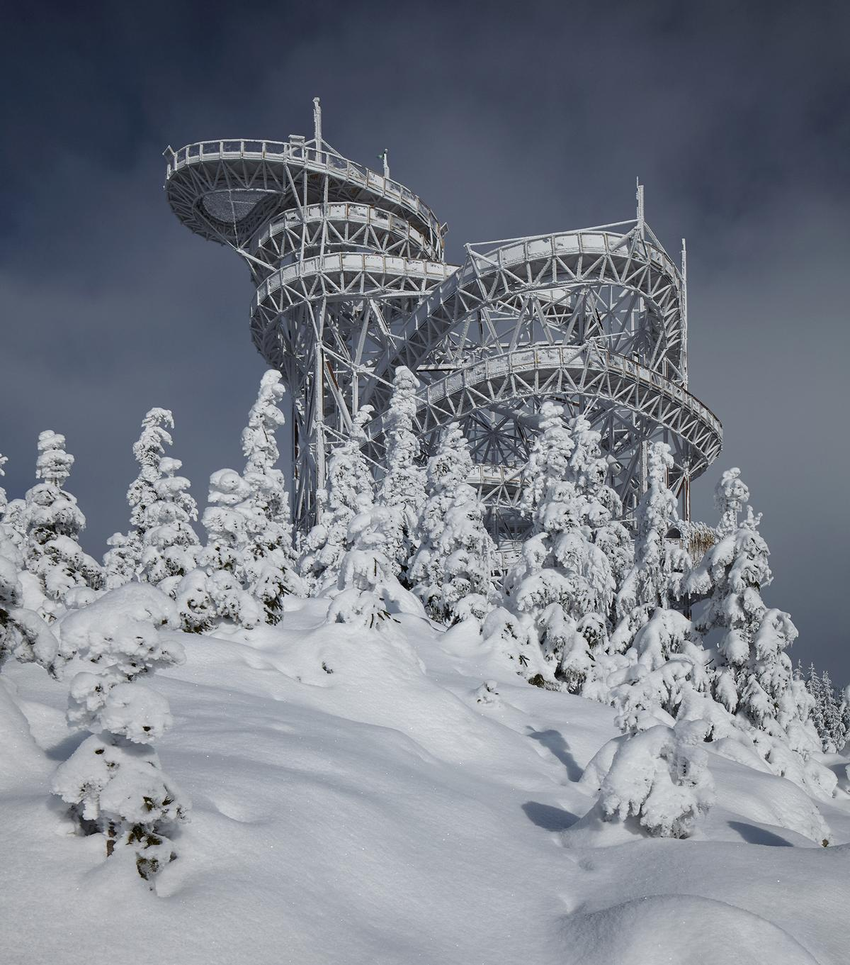 The Sky Walk is the latest attraction for the Dolni Morava Relax and Sport Resort in the Czech Republic / Jakub Skokan, Martin T?ma / BoysPlayNice