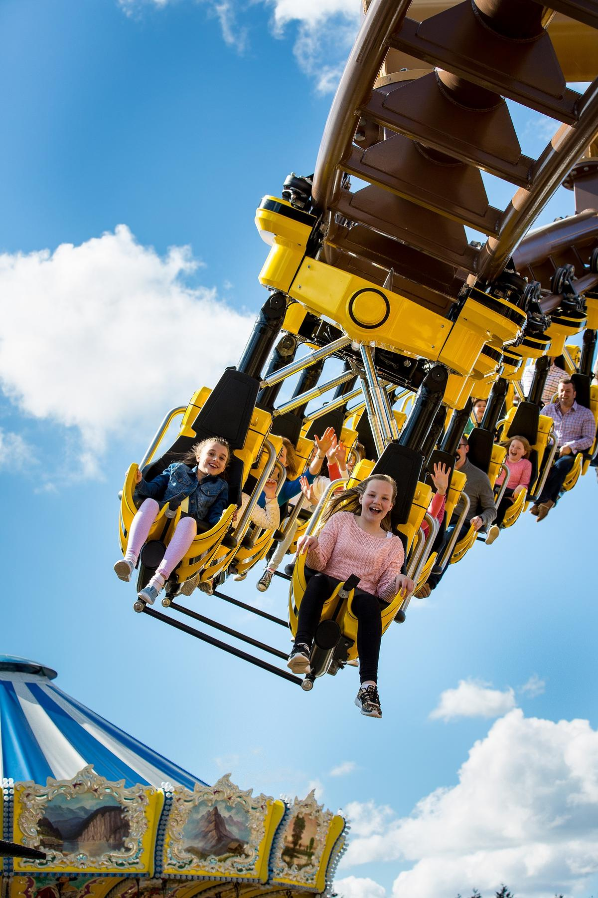 Flight of the Pterosaur is a 55kmh suspended coaster