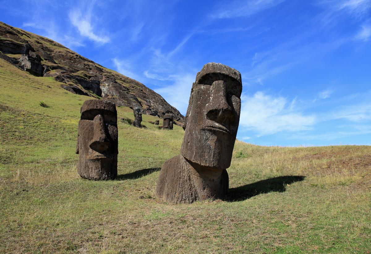 Some Easter Island statues are at risk of being lost to the sea because of coastal erosion / Shutterstock.com